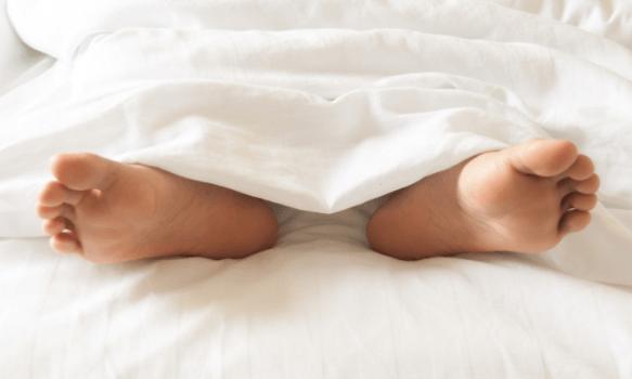 Кружится голова когда ложусь на спину: почему и причины головокружений