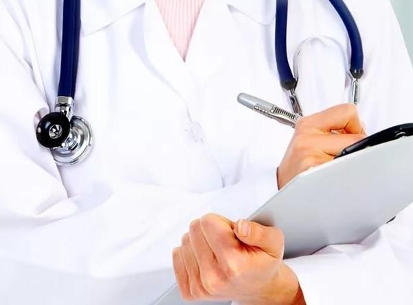 К какому врачу обращаться при головных болях