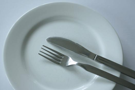 От голода болит голова